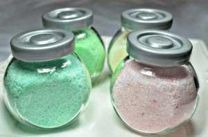 Badzout in vier verschillende kleuren