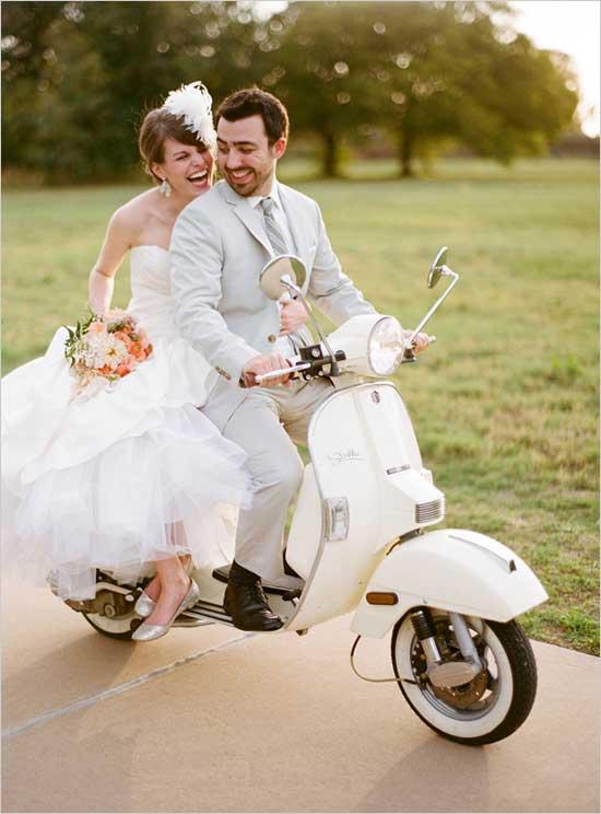 Scooter als trouwvervoer