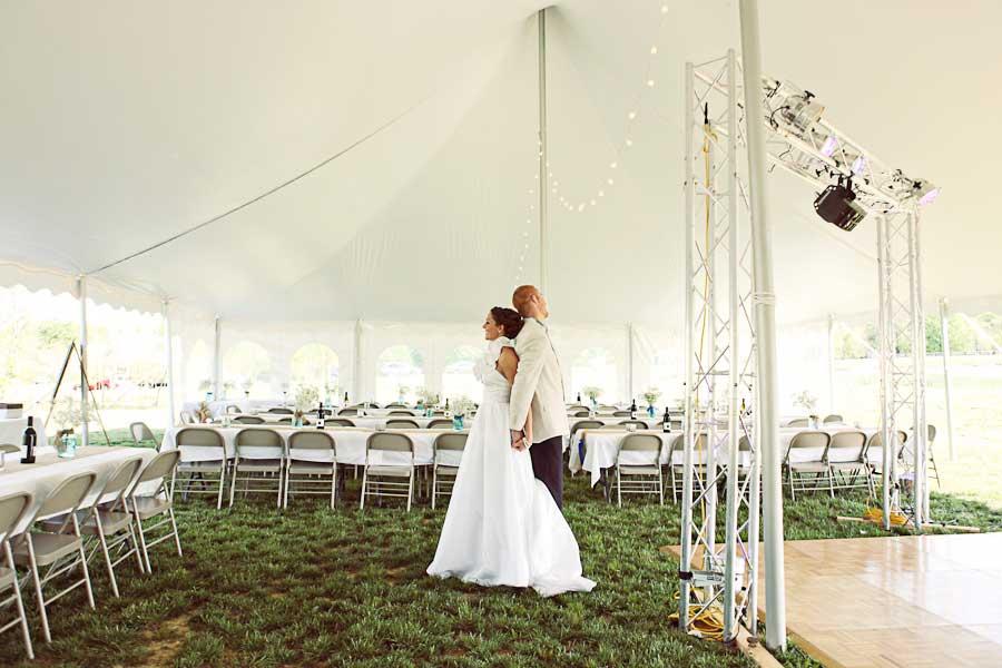11 Tips om de kosten van jullie bruiloft tent te verlagen