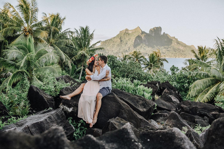 Bruidspaar tijdens hun huwelijksreis