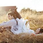 Bruid en bruidegom met budget bruiloft