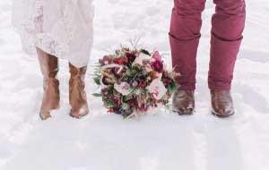 Winter bruiloft in de sneeuw
