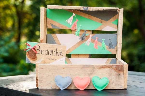 Enveloppenkistje in de kleuren van de bruiloft