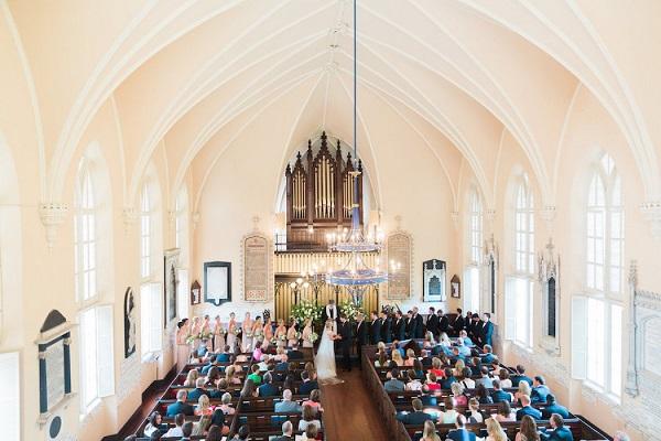 Trouwen voor de kerk bruiloft inspiratie