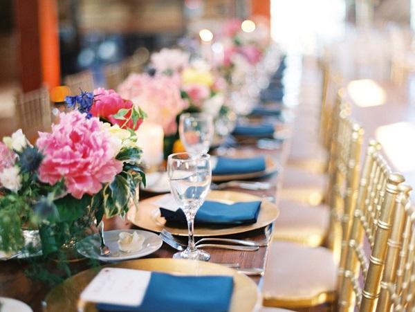 Een tafelschikking maken voor jullie bruiloft