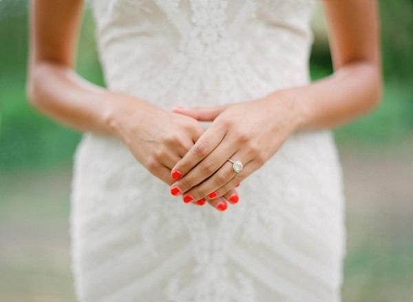 Rode bruidsnagels