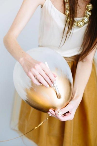Ballon met gouden verf