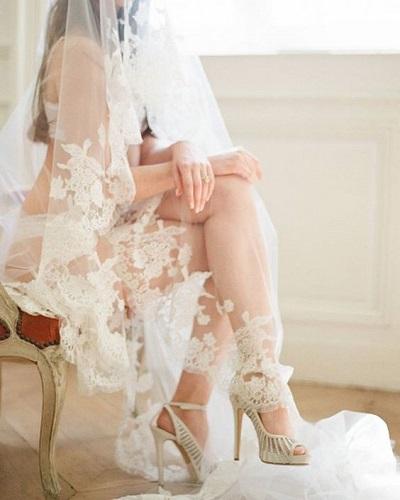 Bruid in lingerie