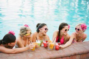 Vrijgezellenfeest zwembad