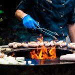 Zo organiseer je een heerlijke barbecue als diner op jullie bruiloft