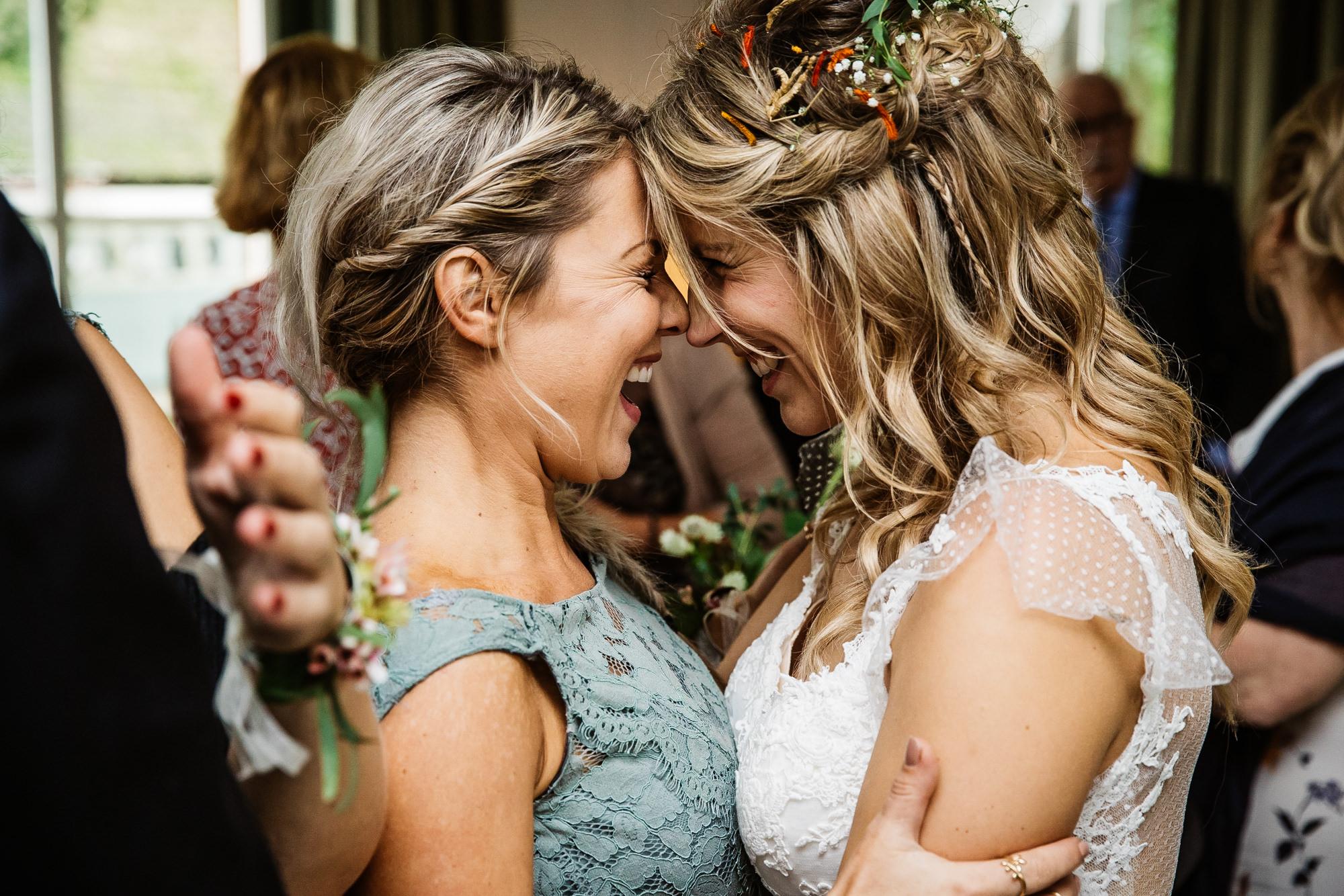 Bruid en haar ceremoniemeester