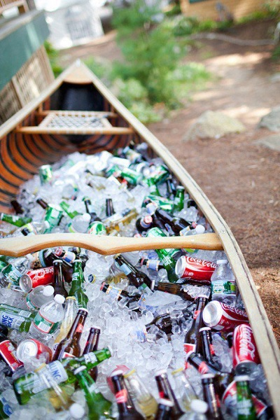 Kano met ijs zorgt dat drankjes koel blijven