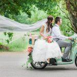 5x Romantische scooter als trouwvervoer