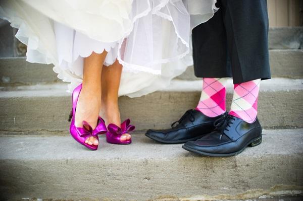 Roze sokken bruidegom