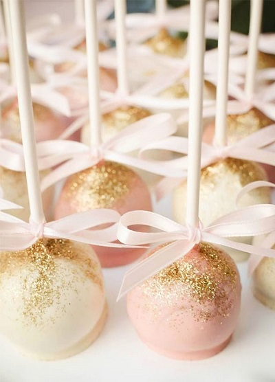 Roze en witte cakepops