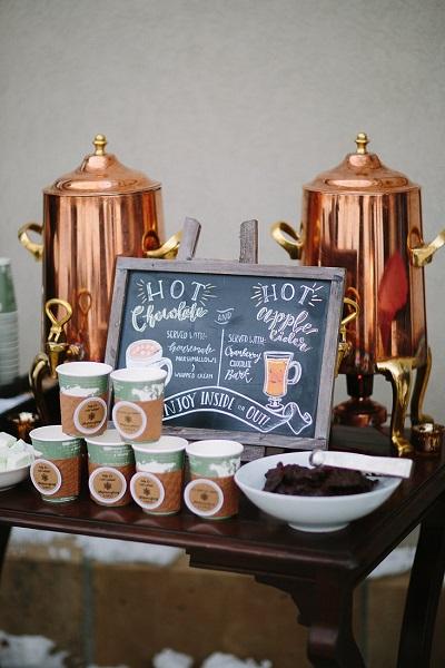 Winter bruiloft warme chocolademelk bar