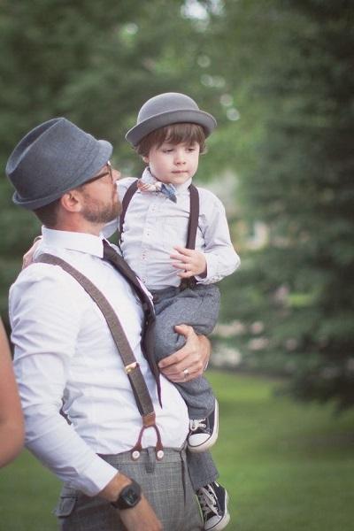 Bruidegom met zijn zoontje
