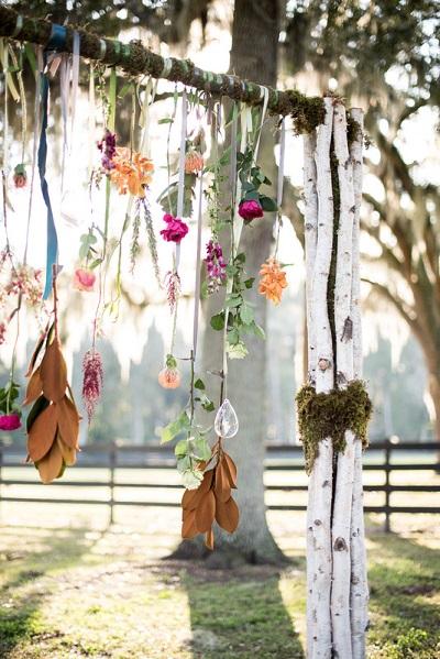 Backdrop met bladeren en bloemen