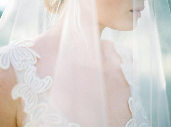 Bruid met sluier