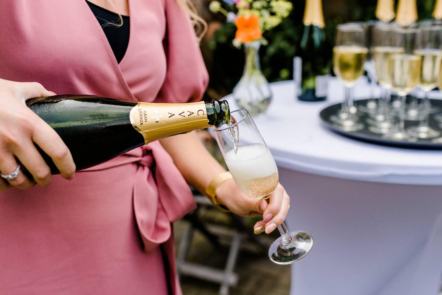 Glas champagne op een bruiloft