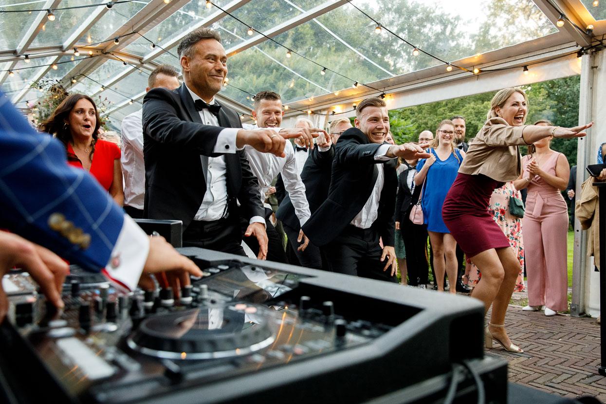 Dansen op het trouwfeest